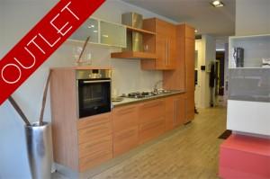 Emejing Outlet Mobili On Line Pictures - Modern Home Design ...